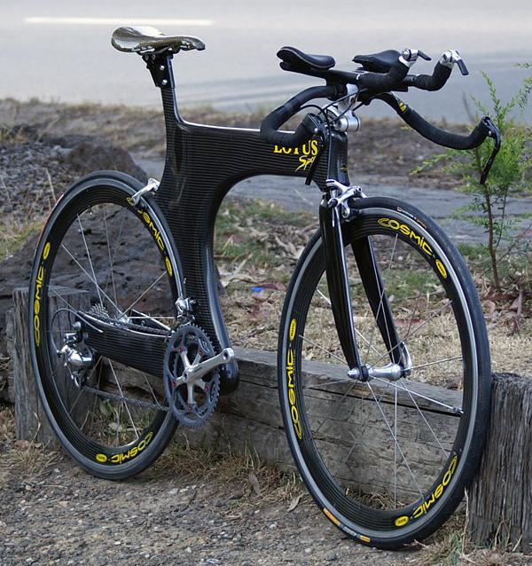 Lotus Sport 110 time trial Bike